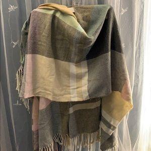 Steve Madden shawl wrap